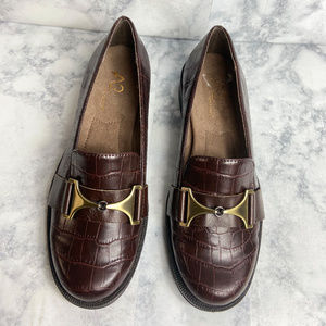 A2 Aerosoles Brown Loafer 6M